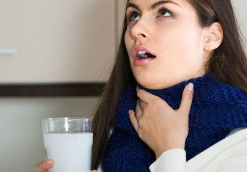 Полоскание горла содой солью и йодом: пропорции, применение детям, как правильно приготовить раствор