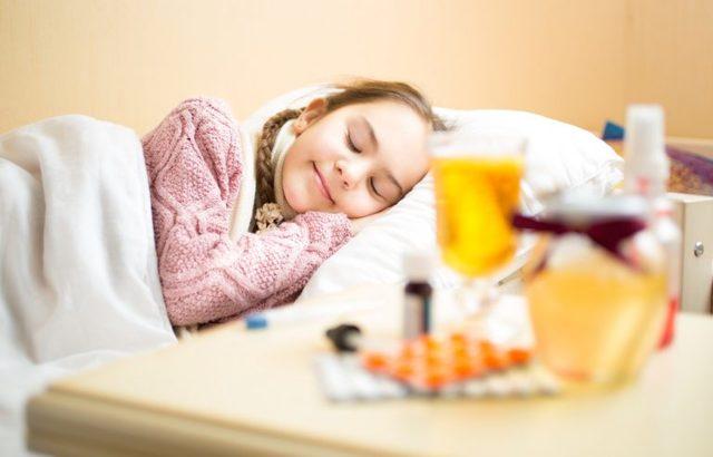 Ангина у ребенка 2-3 года, как лечить? Симптомы и лечение ангины у детей 2-3 лет