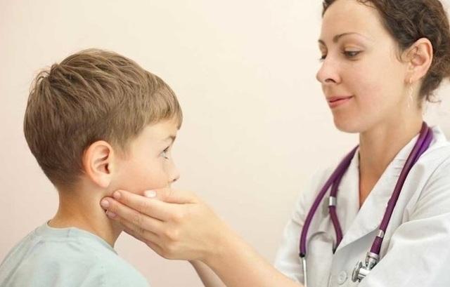 Шейный лимфаденит: симптомы, лечение лимфаденита шеи у детей, взрослых