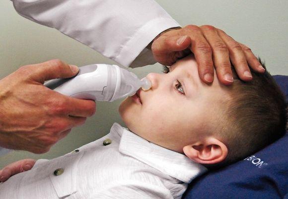 Промывание носа при гайморите, промывание носа методом