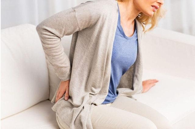 Боль в пояснице справа, причины боли в правом боку спины в области поясницы