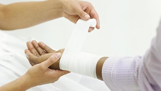 Ихтиоловая мазь: инструкция по применению, цена, отзывы. От чего помогает Ихтиоловая мазь 10%, 20%