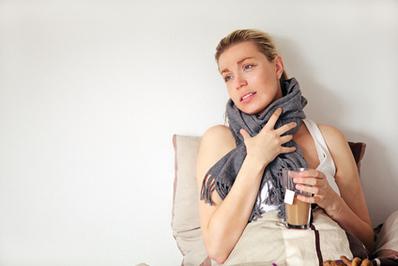 Пробки в горле: причины, лечение, фото