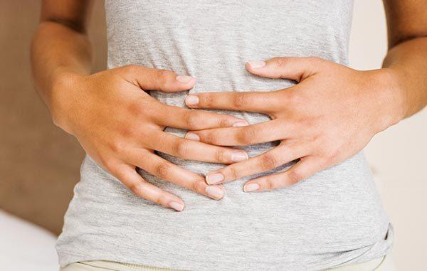 Отравление: симптомы, лечение, первая помощь при отравлении
