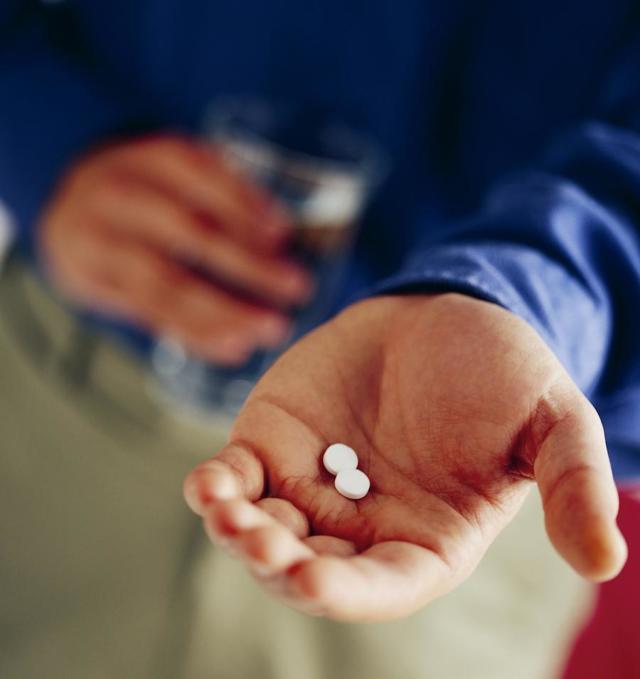 Панкреатит симптомы и лечение у взрослых, препараты, диета при хроническом панкреатите у взрослых